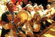 """群众共享文化芬芳——新疆文化市场""""?#24403;А?#22823;众消费时代"""