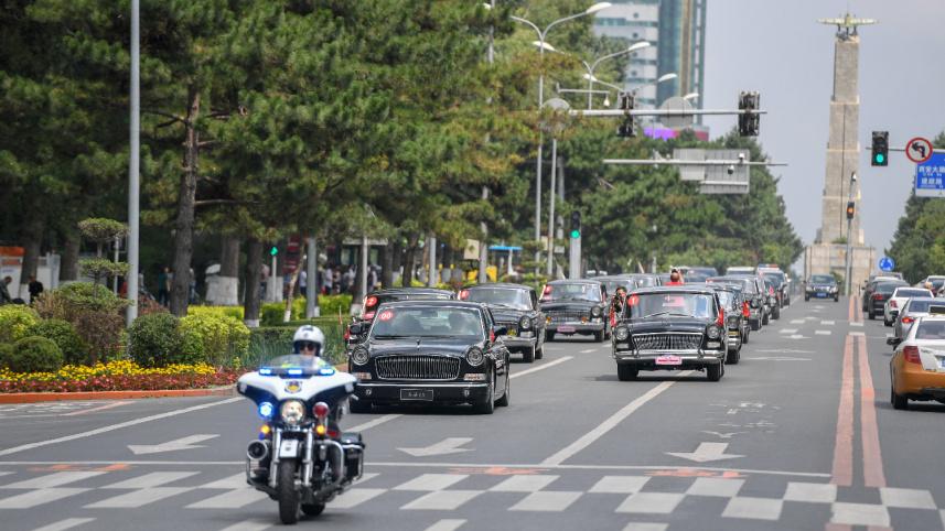 长春举行致敬红旗经典车文化巡礼
