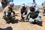 记中柬赴黎维和官兵合作排雷