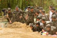 贵州50余支民兵应急分队驰援一线抗洪抢险