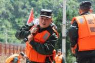武警官兵持续奋战多地洪涝灾害抢险救援一线